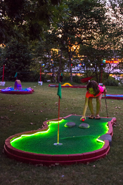 Glow Golf- ard game rentals Nashville